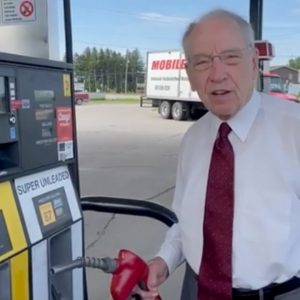Grassley Promotes Use Of Biofuels As Way To Reduce Emissions