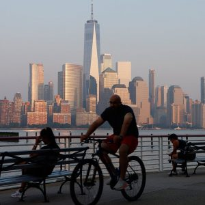 NYC Becomes First City In Nation To Divest From Fossil Fuels In Pension Funds