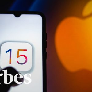 iOS 15.0.2: Why Apple Is Issuing Emergency iPhone Updates | Straight Talking Cyber | Forbes